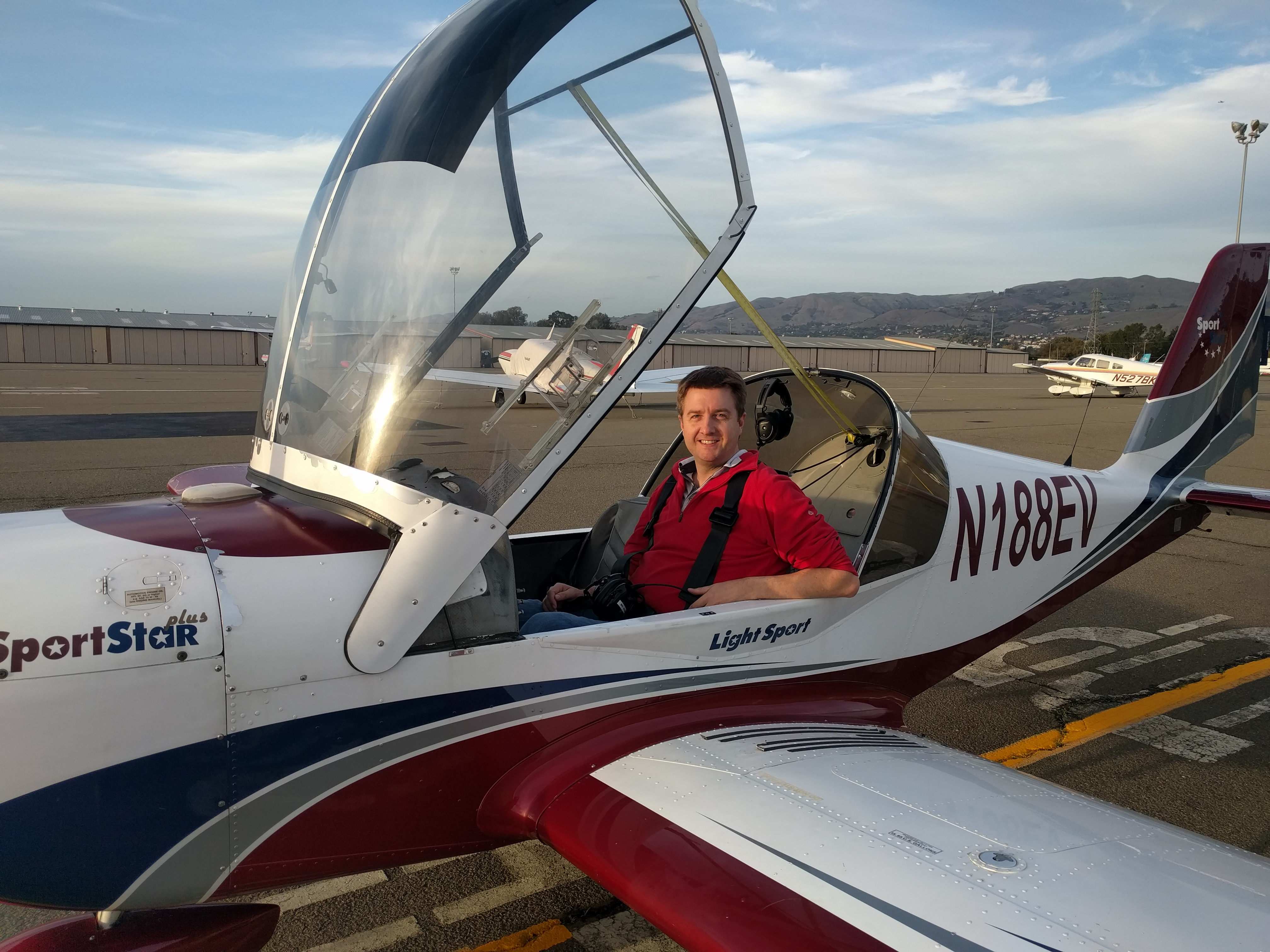 Our Evektor SportStar Light Sport Airplanes (LSA) Are Ready And Willing To  Help You Become A Sport Pilot.