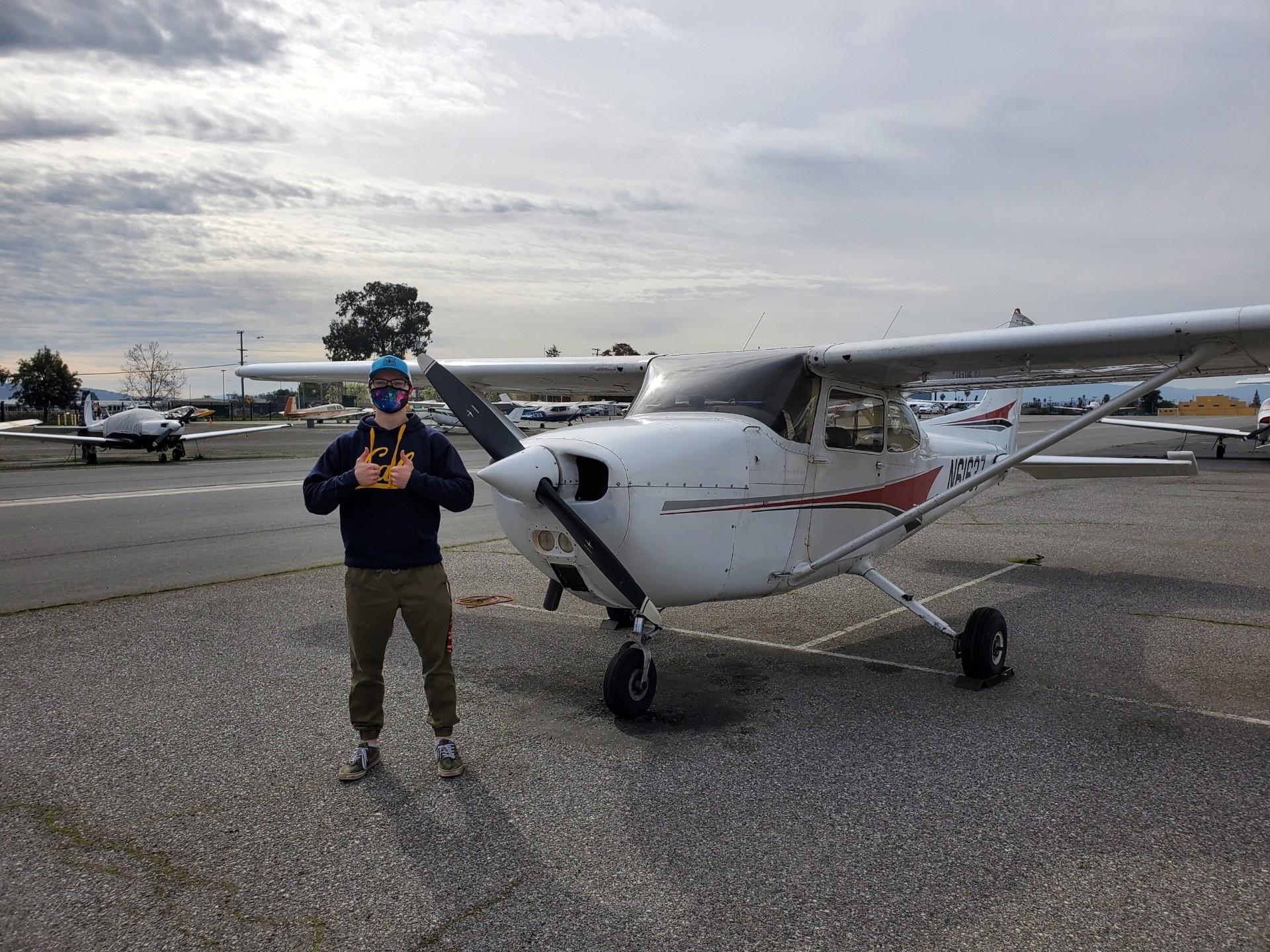 solo, flight, N61637